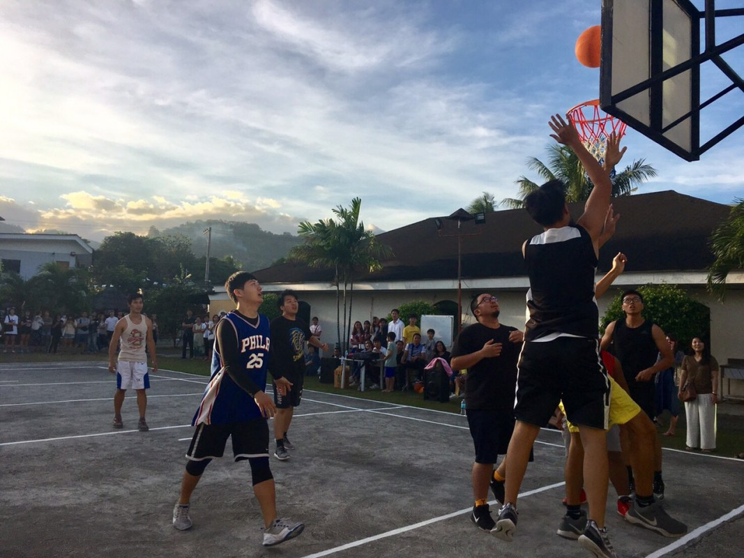 Fella\'s basketball competition